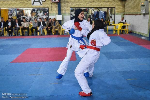 نوجوانان اصفهانی مقام اول مسابقات کاراته کشور را به دست آوردند